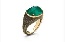 Antonini, anello Extraordinaire con smeraldo taglio pan di zucchero