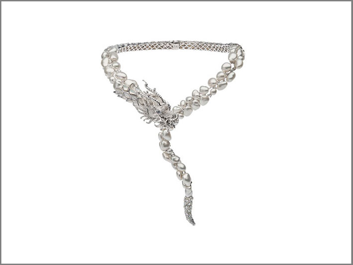 Autore, Best in Pearls con una collana di perle dei Mari del Sud