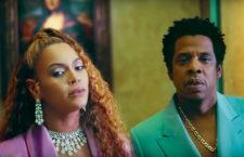Beyoncé con il collier di diamanti, per oltre 100 carati