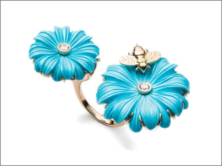 Anello doppio, fiori con ape. Oro, diamanti, pasta di turchese