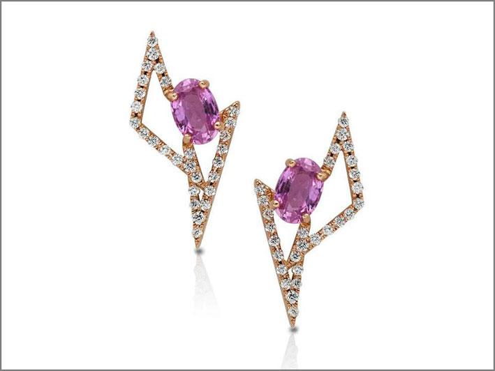 Orecchini della collezione Geo Art, in oro rosa, diamanti, zaffiri rosa