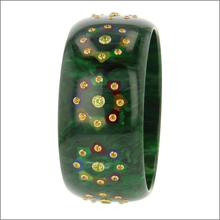 Bracciale di bachelite con oro e pietre semi preziose