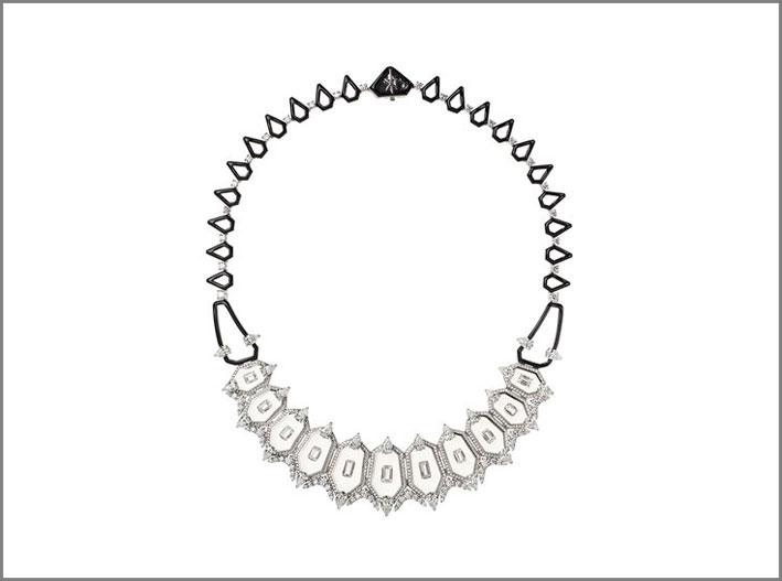 La collana vincitrice al Couture, diamanti e cristallo di rocca