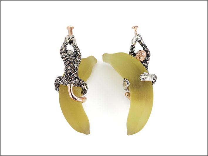 Orecchini con banane in quarzo lemon, diamanti brown, oro