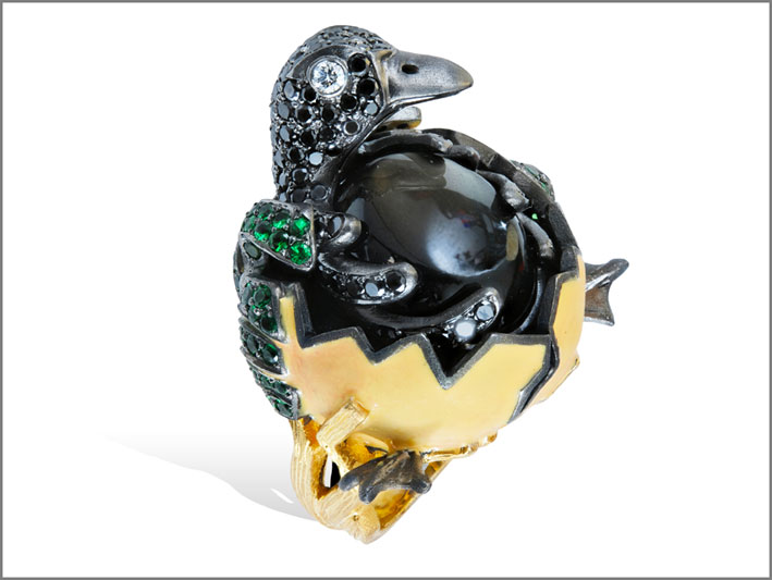 Anello pulcino, con diamanti neri, tsavoriti