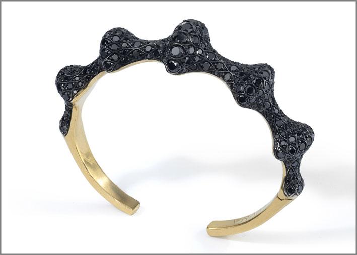 Bracciale Chrona in oro giallo e diamanti neri