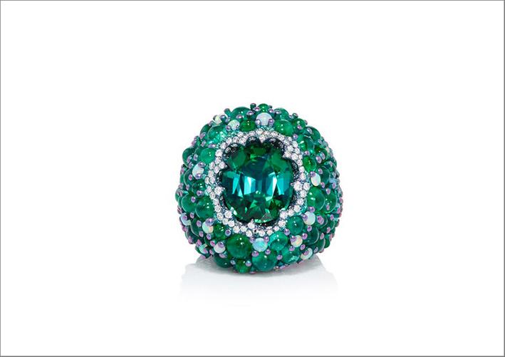 Anello con smeraldo, opale e tormalina verde