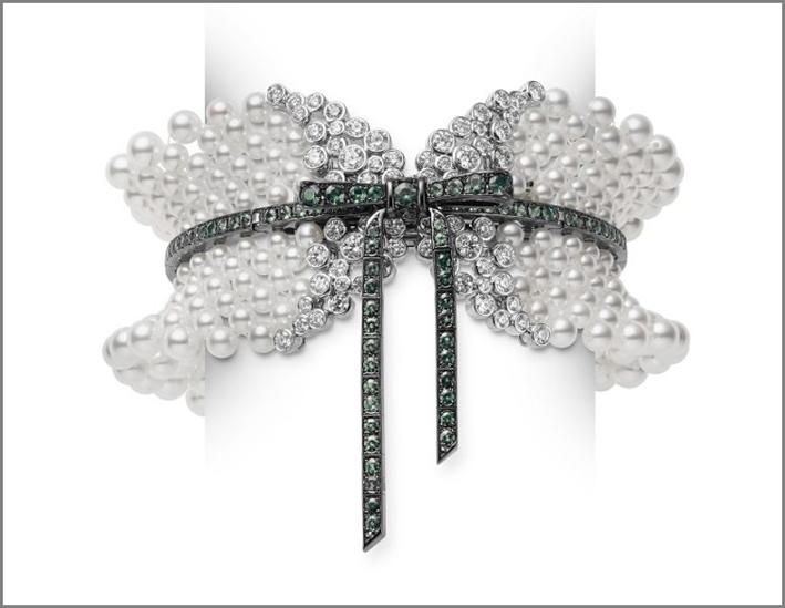 Choker con perle, diamanti, tsavoriti