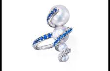 Anello Aurora, oro bianco, zaffiri, perle Akoya, perle dei Mari del Sud