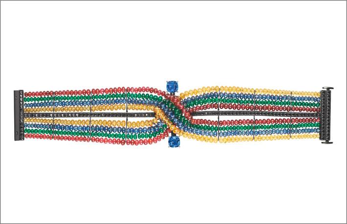 Bracciale composto da perline di spinello, zaffiro, smeraldo