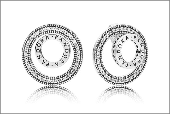 Orecchini in argento della collezione Signature