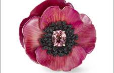 Anello in titanio, oro rosa, zaffiro padparscha, spinello nero, zaffiro viola e arancio, petali naturali