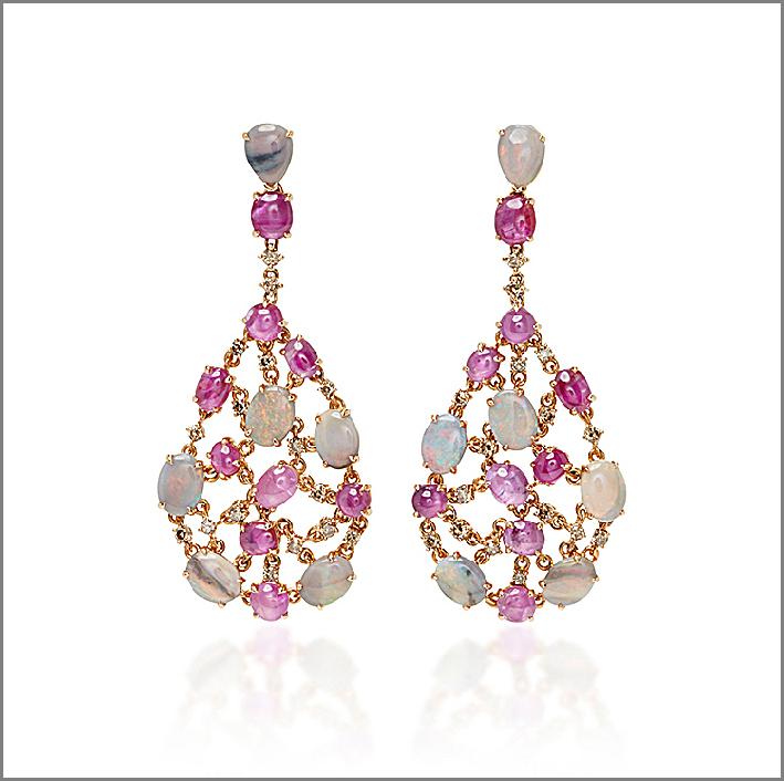 Orecchini con opali e zaffiri rosa