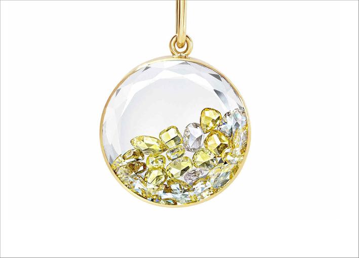 Pendente in oro giallo e diamanti gialli