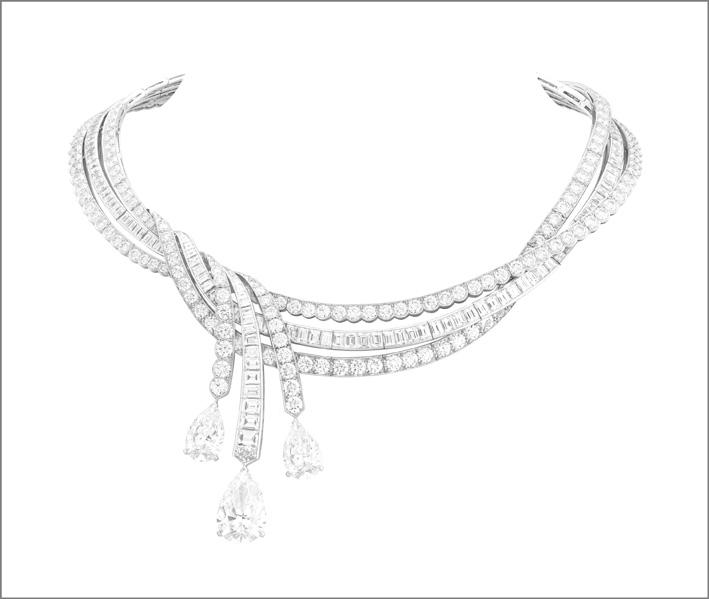 Collana Rubans de princesse: 3 diamanti taglio a goccia per un totale di 22,87 carati (DFL tipo 2A), diamanti. Collana con pendenti amovibili per orecchini
