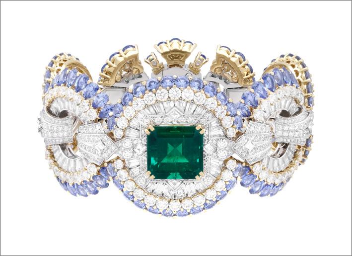 Bracciale Carrousel des demoiselles. Al centro, lo smeraldo del Brasile di 10,41 carati