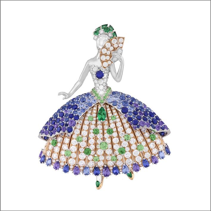 Clip Princesse Héméra. Zaffiri blu e malva, smeraldi, granati varietà tsavorite, diamanti
