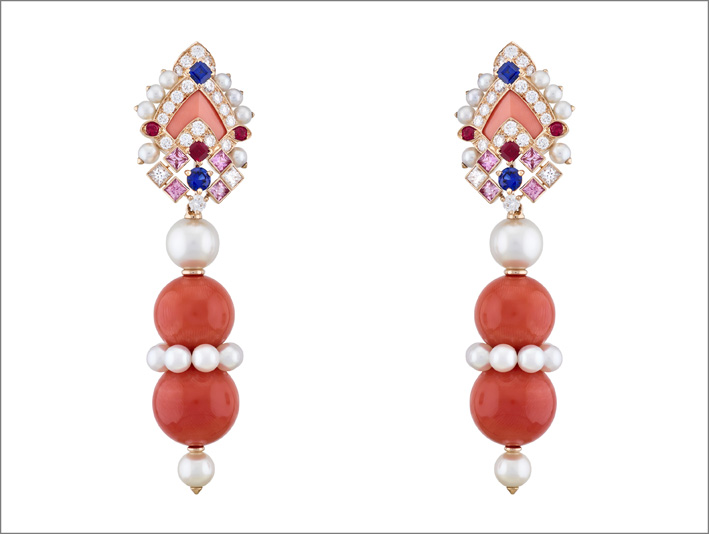 Orecchini Serapi. Rubini, zaffiri rosa e blu, perle di coltura bianche, corallo, diamanti