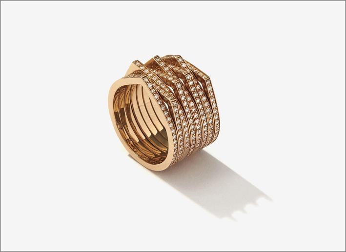 Anello della colezione Antifer, oro rosa e diamanti