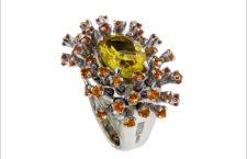 Anello Anemone con berillo giallo, zaffiri orange su oro bianco
