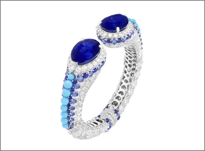 Bracciale Traversée étoilée: 2 zaffiri taglio a goccia per un totale di 50,03 carati Birmania), zaffiri, turchese, diamanti
