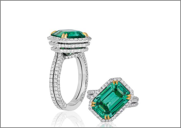 Anello in platino, oro giallo 18 carati con uno smeraldo russo non trattato di 7,16 carati con diamanti ha vinto il premio Best of Show agli Agta Spectrum Awards