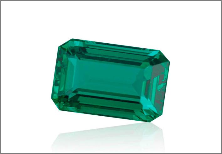 Smeraldo colombiano non trattato