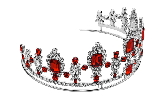 Tiara con cristalli rossi di Anna Dello Russo per Swarovski