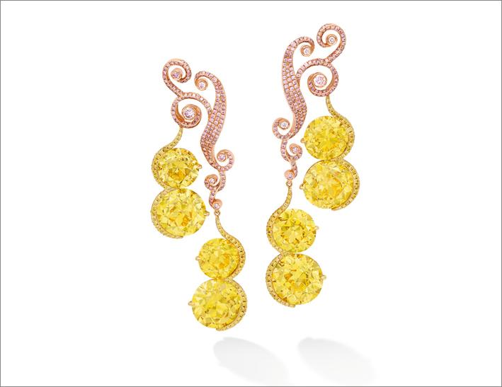 Orecchini con diamanti gialli