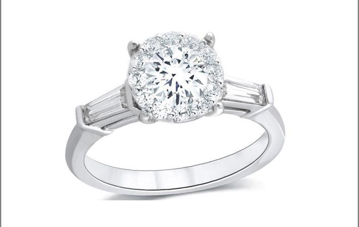 Uno degli anelli all'asta