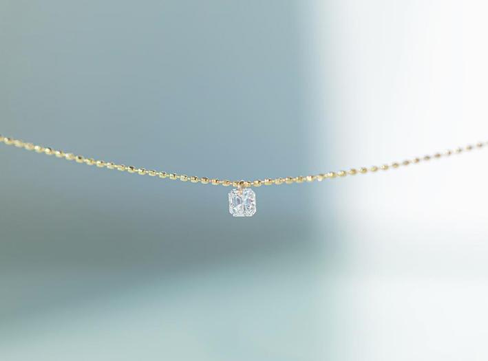 Collana con diamante