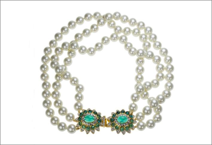 Collana di perle e smeraldi