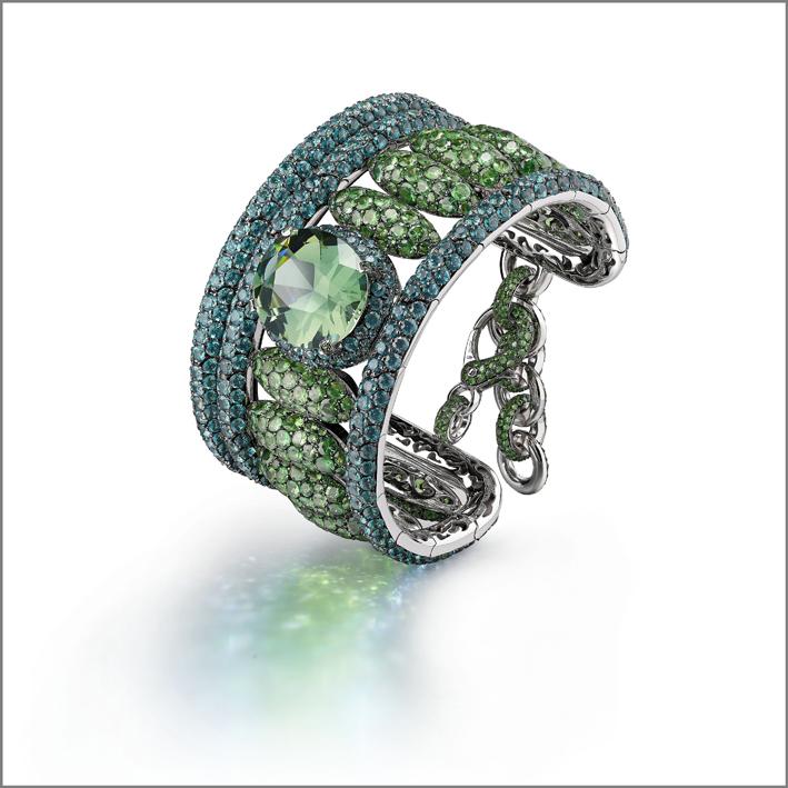 Bracciale con smeraldi, tormaline e oro rodiato