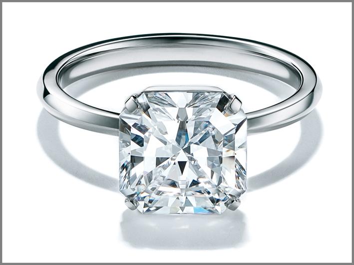 Versione in platino e diamante incolore