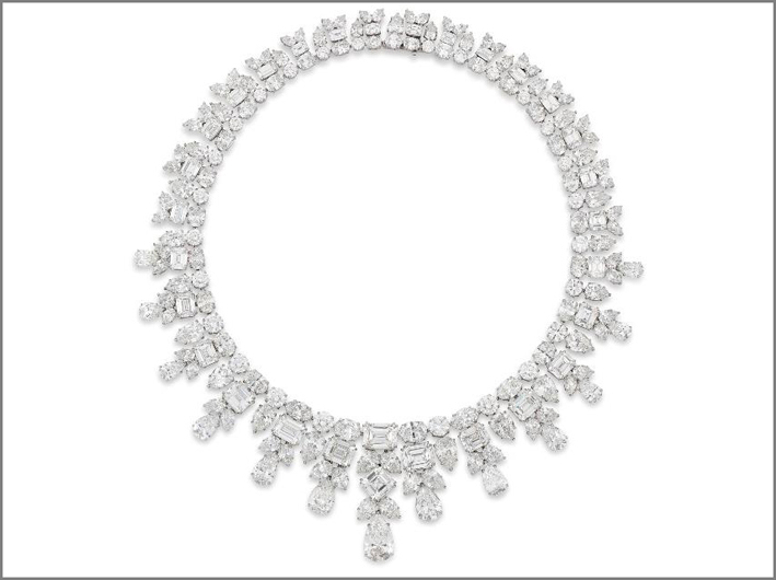 Collana di diamanti per 195,40 carati