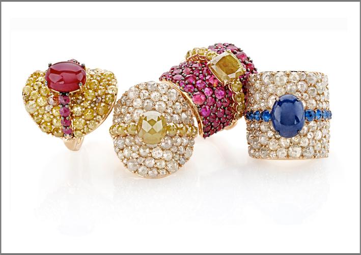 Giovanni Ferraris, anelli della collezione Contrasti in oro rosa, diamanti fancy, rubini, zaffiri blu