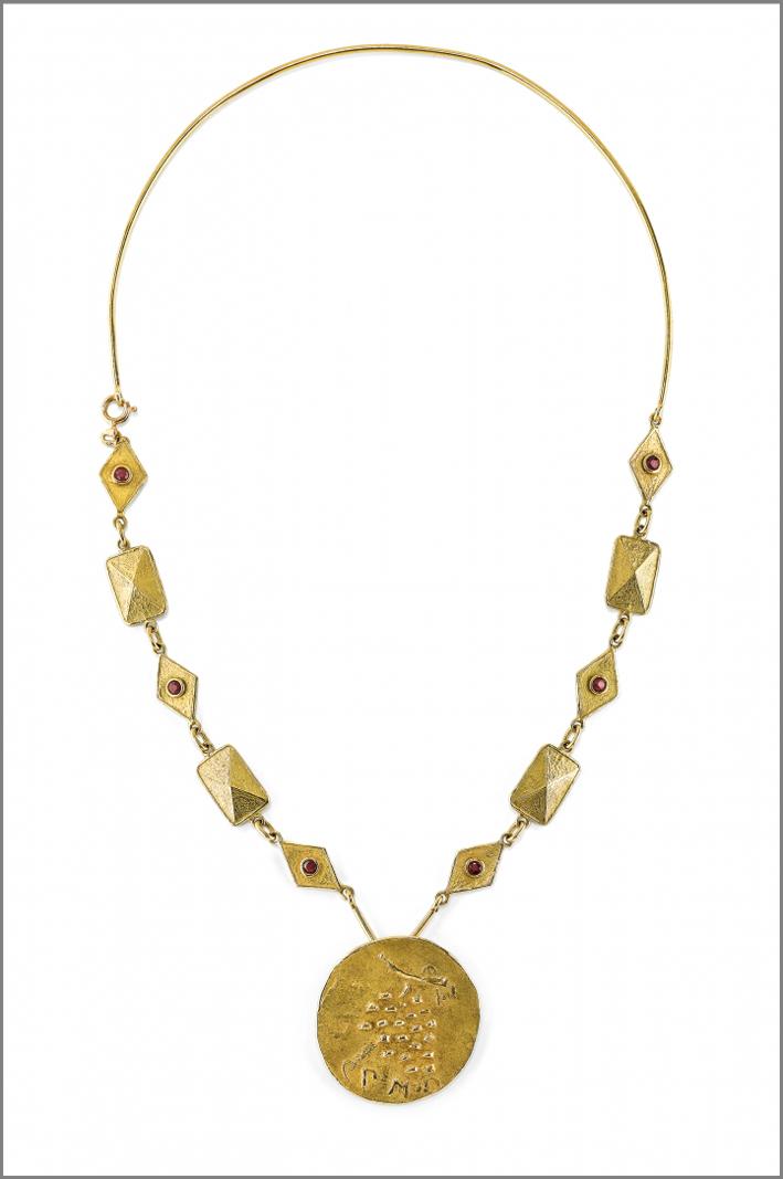 Girocollo in oro e rubini di Bahman Mohasses