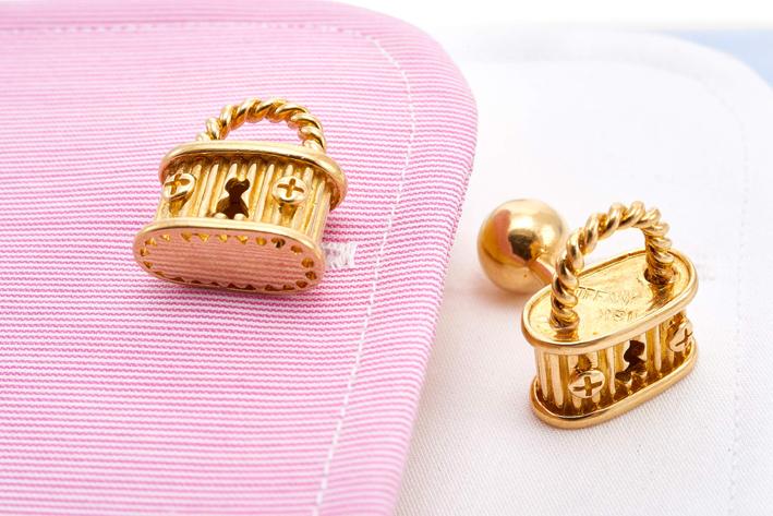 Gemelli in oro a forma di lucchetto