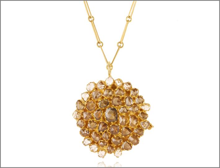 Pendente in oro con diamanti. Prezzo: 10000 sterline