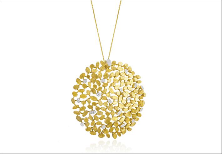 Catena con prendente in oro giallo 18 carati e diamanti