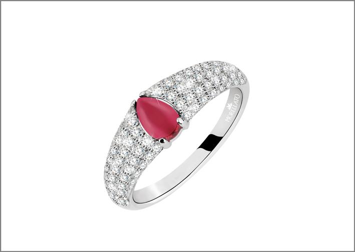 Anello in argento, zirconia cubica, pietra sintetica rossa