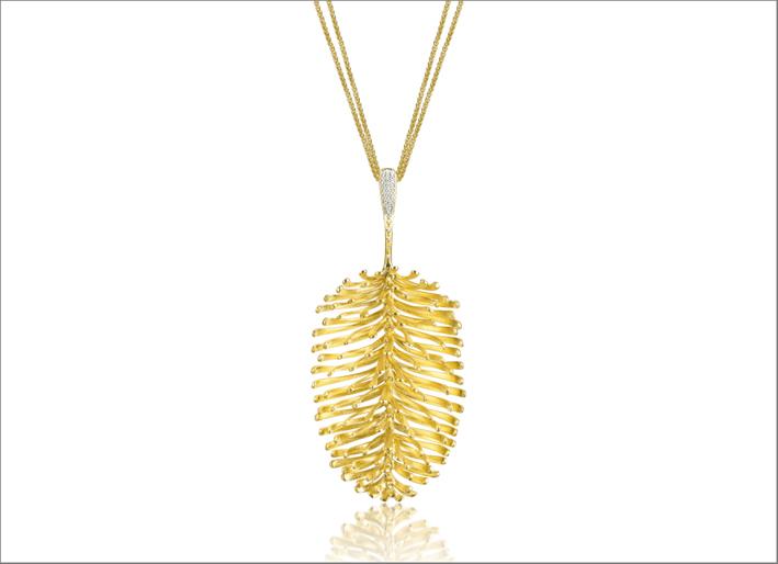 Collezione Skin Aurea, prendente in oro giallo 18 carati con diamanti
