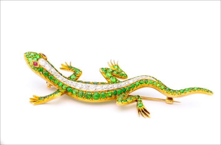 Spilla a forma di salamandra di epoca vittoriana, in oro, diamanti, granato demantoide