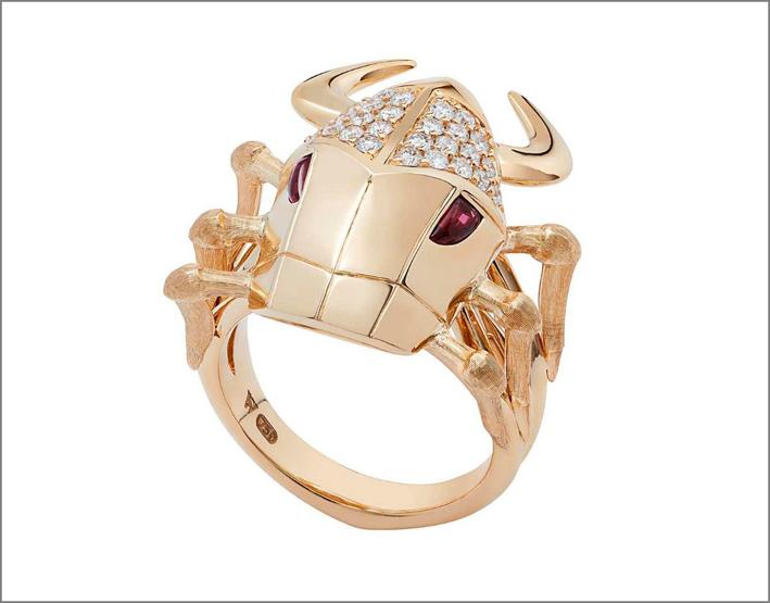 Anello Toro in oro rosa, granato rosso, diamanti bianchi