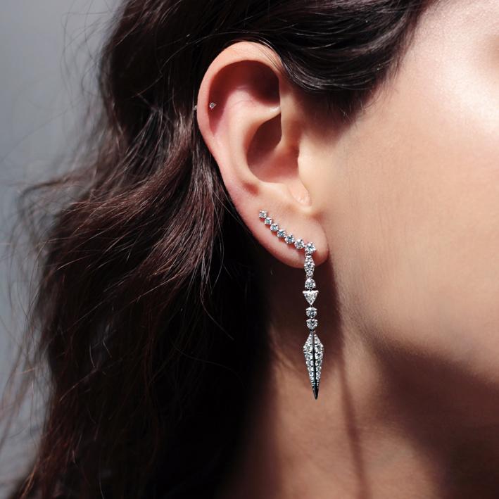 Alessa, orecchini in oro e diamanti