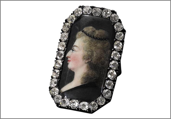 Anello con ritratto di Maria Antonietta