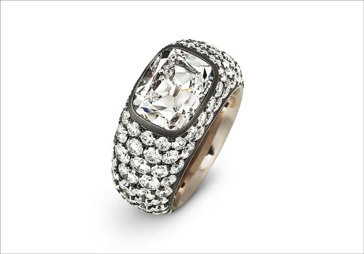 Hemmerle, anello in argento, oro bianco e diamanti