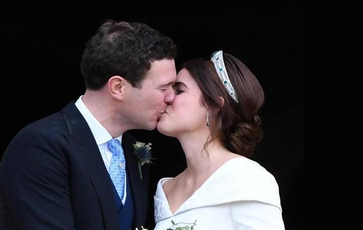 Il bacio dopo la cerimonia