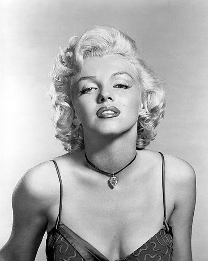 Marilyn Monroe con il diamante The Moon of Baroda