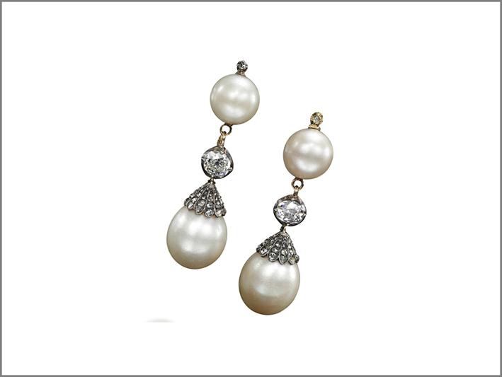 Orecchini di perle naturali posseduti da Maria Antonietta